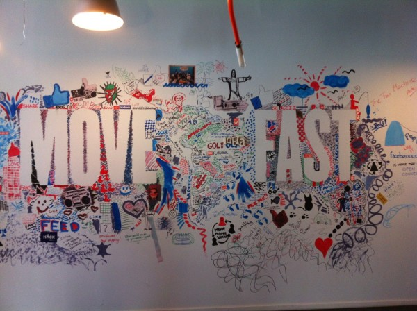 move fast escritorio facebook